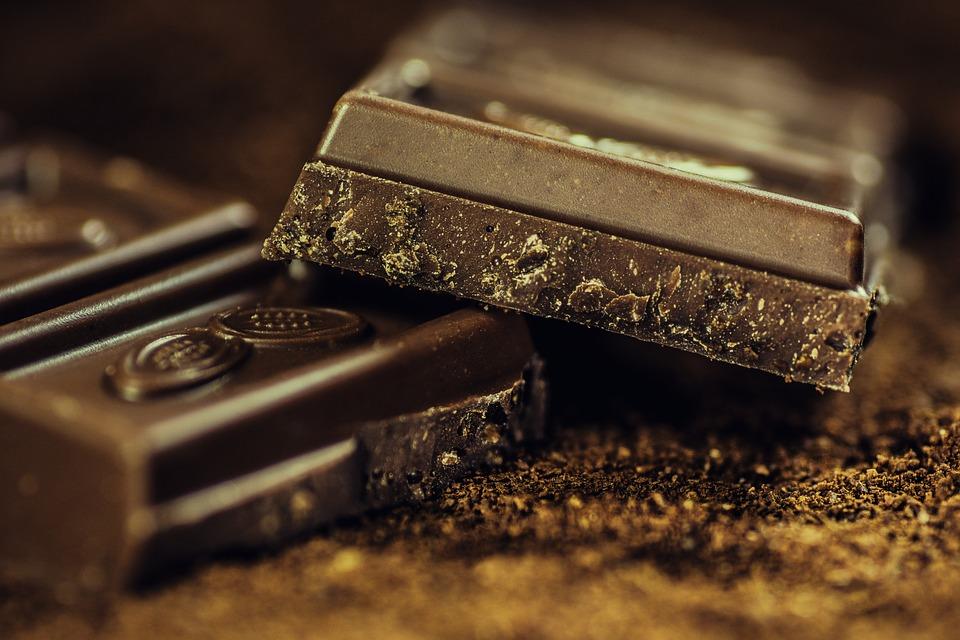 다크 초콜릿, 건강에 정말 좋을까.jpg